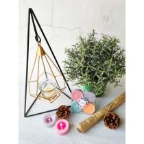 法式鑄鐵工藝燭台-三角式(贈香氛茶蠟一組)